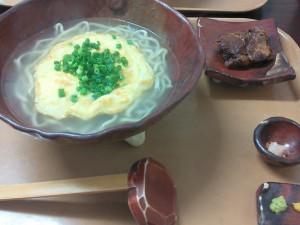 初代沖縄そば王で炙りソーキそば